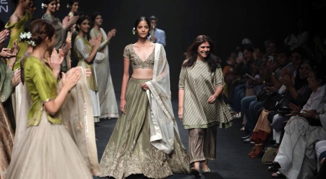 'Lajjoo C' Presented Ethnic Glamour on day 5 of Lakme Fashion Week 2018