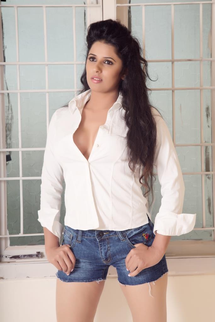 Swati Jain : Grooming partner & Chorographer